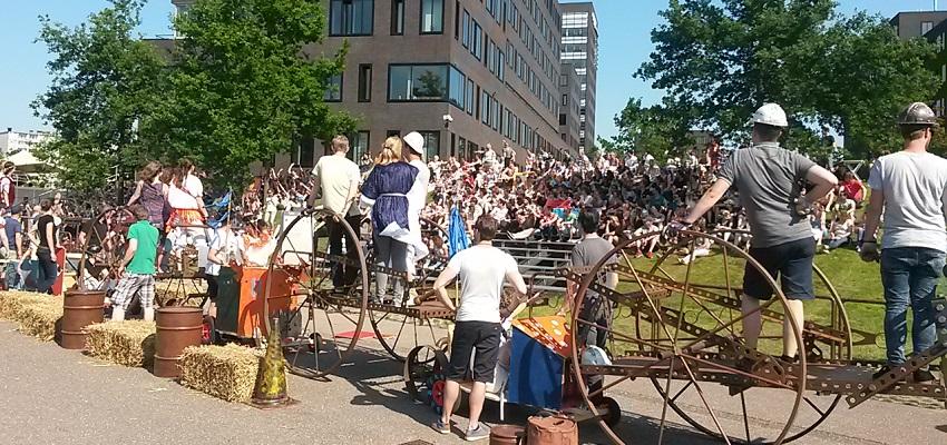 http://www.heavydecor.nl/event/images/ConstructieChallenge/foto8.jpg