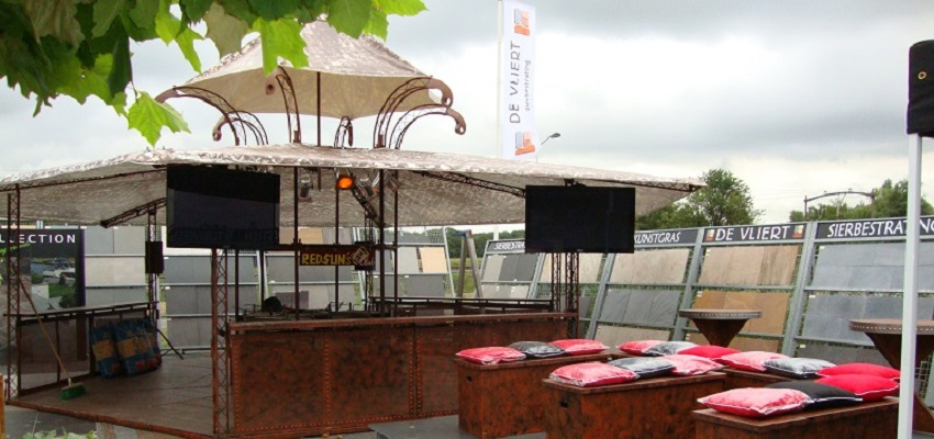http://www.heavydecor.nl/event/images/Grilbartent/grilbar5.JPG