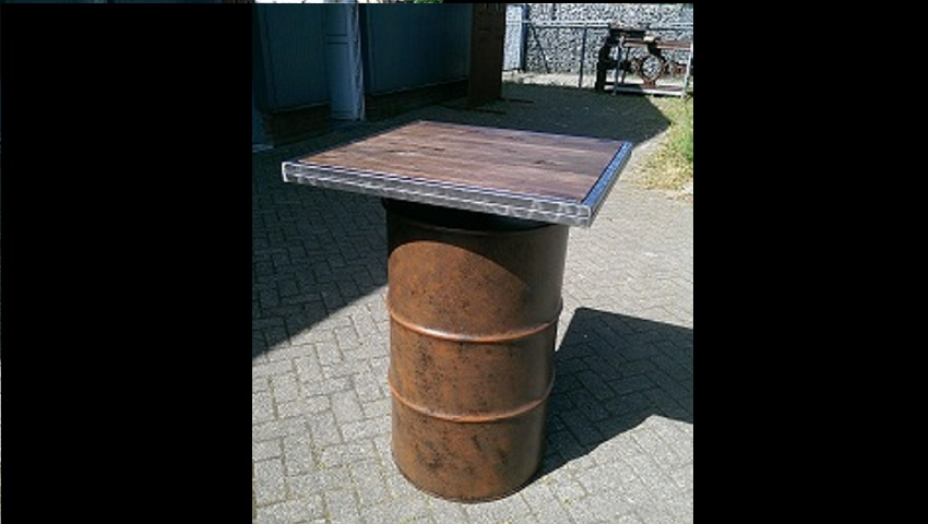 http://www.heavydecor.nl/event/images/Statafel-Oil-drum/1.jpg