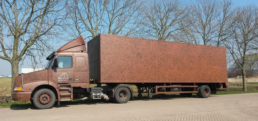http://www.heavydecor.nl/event/images/Transportvoertuigen/Volvo-2.jpg