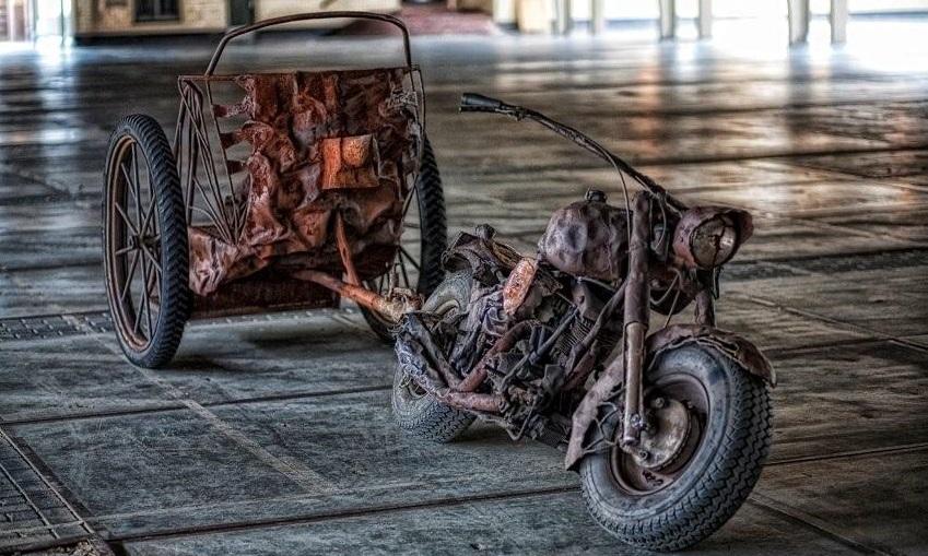 http://www.heavydecor.nl/event/images/Verhuur/the_old_motorbike.jpg