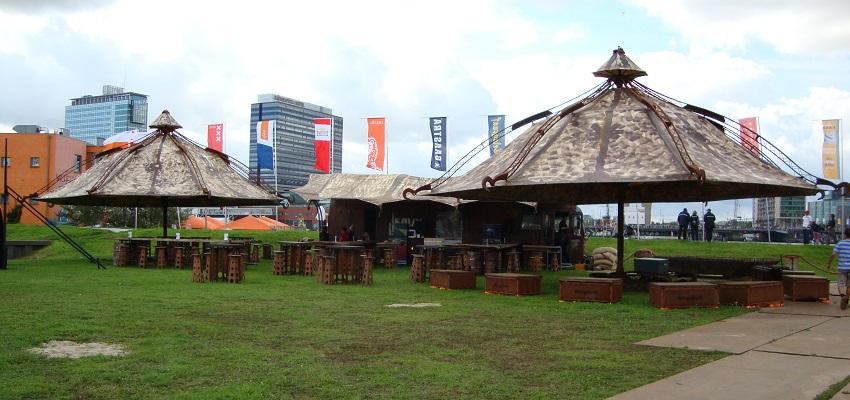 http://www.heavydecor.nl/event/images/parasols/parasol6.JPG